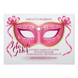 Convite cor-de-rosa da máscara do carnaval
