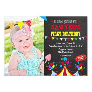 Convite de aniversário do carnaval do circo