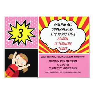 Convite de aniversário do super-herói das meninas