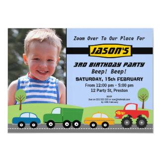 Convite de aniversário do transporte dos meninos