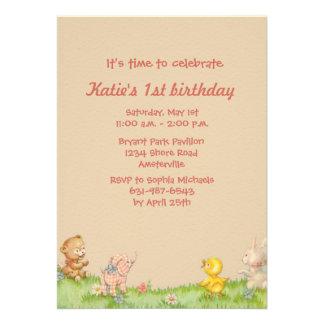 Convite de aniversário pequeno dos amigos
