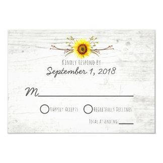 Convite de madeira rústico RSVP do casamento da