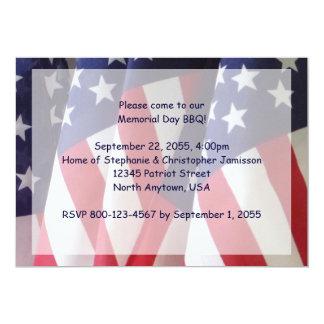 Convite do assado do Memorial Day, bandeiras