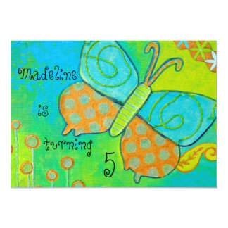 Convite dourado do aniversário da borboleta
