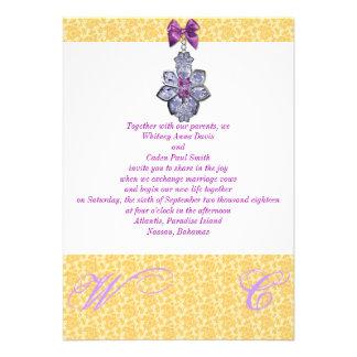 Convite roxo do casamento da jóia de w do laço dou