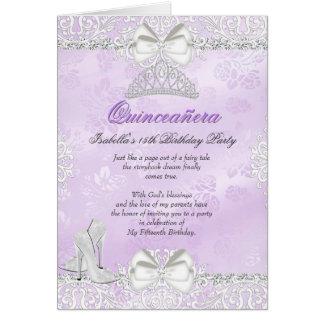 Convite roxo dobrado de Quinceanera do cartão