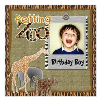 Convite selvagem da foto do aniversário do safari