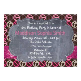 Convites cor-de-rosa do aniversário da paz da faís