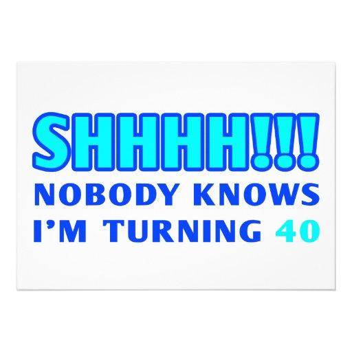 Convites engraçados das pessoas de 40 anos