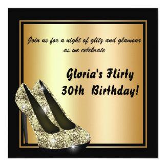 Convites pretos do aniversário do salto alto do