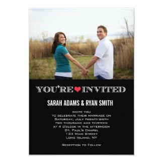 Convites vermelhos da foto do casamento do preto