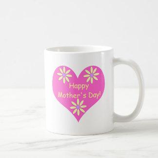 Coração cor-de-rosa do dia das mães e flores caneca de café