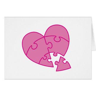 Coração cor-de-rosa do dia dos namorados cartão comemorativo