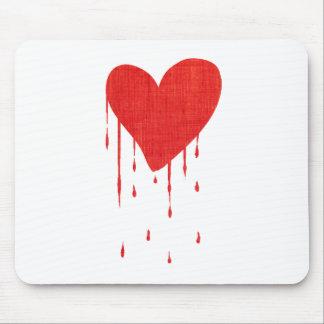 Coração de sangramento (branco) mousepad