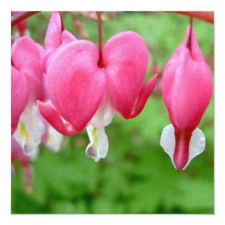 Coração de sangramento cor-de-rosa convite quadrado 13.35 x 13.35cm