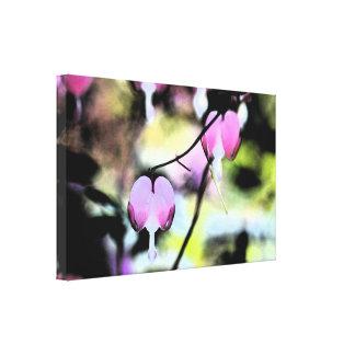 Coração de sangramento floral impressão em tela