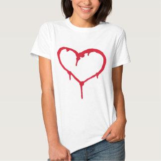 Coração de sangramento tshirts