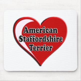 Coração de Staffordshire Terrier americano