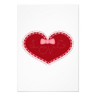 Coração do amor do dia dos namorados convites personalizados