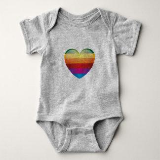 Coração do arco-íris camiseta