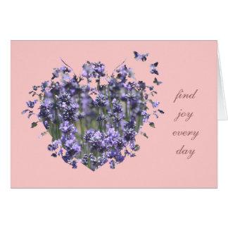 Coração e borboletas da lavanda cartao
