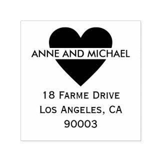 coração preto com nomes e endereço do casal carimbo auto entintado