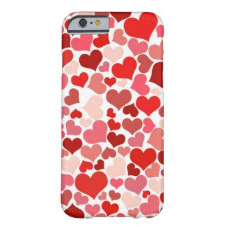 Corações bonitos capa iPhone 6 barely there