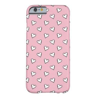 Corações brancos pequenos no rosa capa iPhone 6 barely there