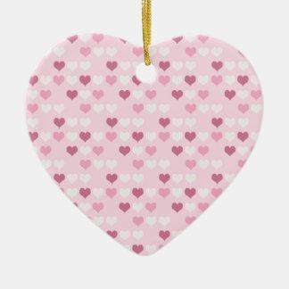 Corações cor-de-rosa bonitos ornamento de cerâmica coração