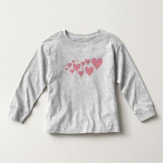 Corações cor-de-rosa bonitos t-shirts