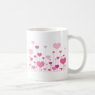 Corações cor-de-rosa do feliz dia dos namorados caneca