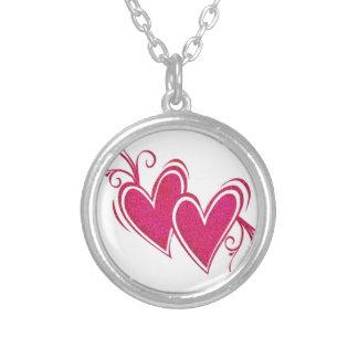 Corações de flutuação cor-de-rosa colar com pendente redondo