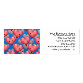 Corações de flutuação no azul cartões de visitas