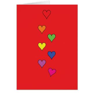 Corações de flutuação no vermelho - vazio, alto cartão comemorativo