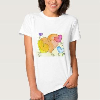 Corações de flutuação tshirt