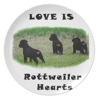 Corações de Rottweiler Pratos