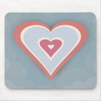 Corações do amor - branco e azul vermelhos mousepads