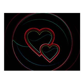 Corações dobro no preto cartão postal