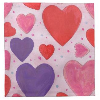 Corações roxos e vermelhos cor-de-rosa do dia dos guardanapos
