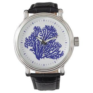 Coral litoral dos azuis marinhos relógio