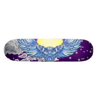 Coruja em vôo skates