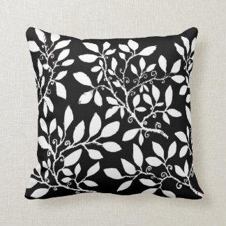 Coxim preto & branco da folha travesseiro de decoração