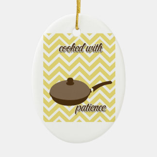 cozinha de tuscan - frigideira na viga ornamento de cerâmica oval