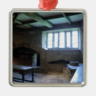 Cozinha medieval de Haddon Salão Ornamento Quadrado Cor Prata