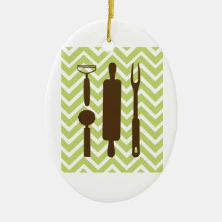 Cozinhas criativas - pino do rolo na viga ornamento de cerâmica oval