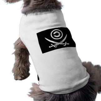 Crânio & bandeira de Anti-Copyright Copyleft dos C Camisa Para Caes
