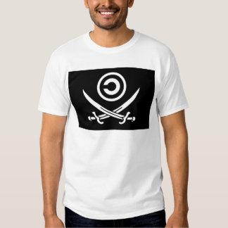 Crânio & bandeira de Anti-Copyright Copyleft dos T-shirt