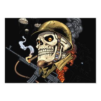 Crânio com capacete, aviões e bombas convite 12.7 x 17.78cm