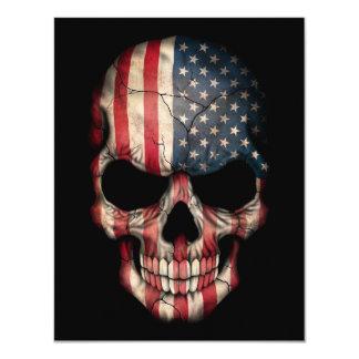 Crânio da bandeira americana no preto convite 10.79 x 13.97cm