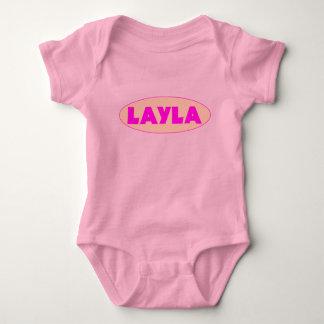 Creeper COR-DE-ROSA do t-shirt do nome do bebê de